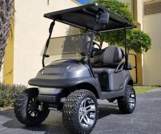 Custom Club Car PRECEDENT Golf Cart Remanufatured in 2019 using a 2016 Club Car Frame **AC MOTOR 600 AMP CONTROLLER 25 MPH +++** **LOTS OF UPGRADES**