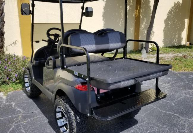 Custom Club Car PRECEDENT Golf Cart Remanufatured in 2019 using a 2016 Club Car Frame **AC MOTOR 600 AMP CONTROLLER 25 MPH +++** **LOTS OF UPGRADES**