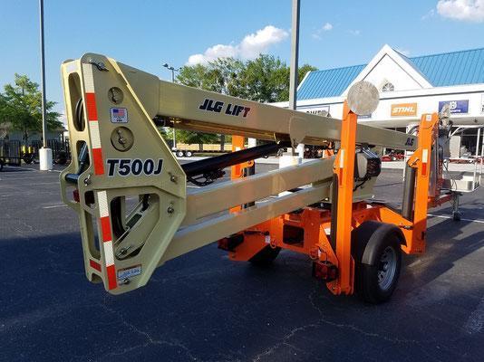 T500 50' Articulating boom lift
