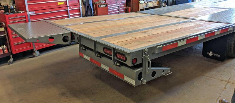 NEW 2018 B-Wise 30' HD Deckover GOOSENECK Equipment Trailer w/ Power Beavertail