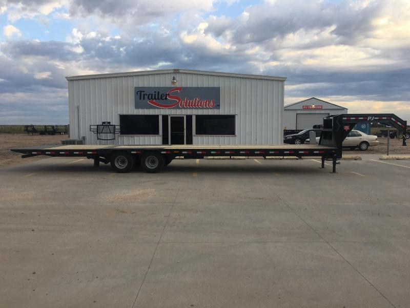 "2020 PJ 36' x 102"" Low-Pro with Hydraulic Dove Trailer"