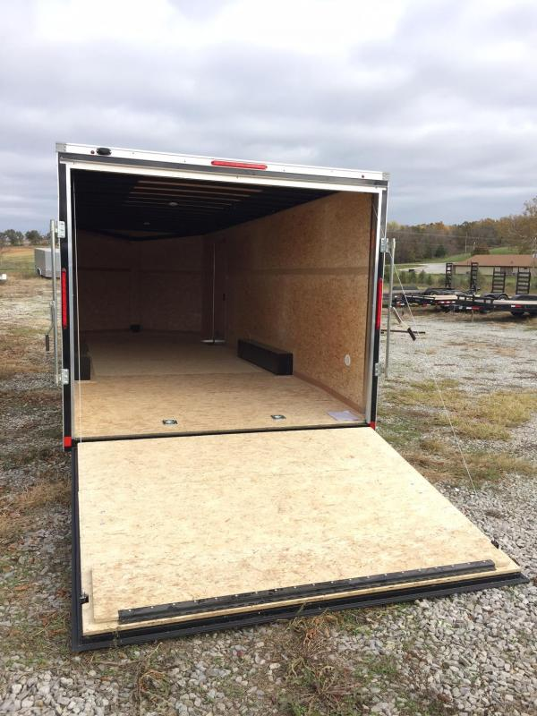 2018 Look Trailers 8.5X24 ELEMENT SE BLACK SCREWLESS Enclosed Cargo Trailer