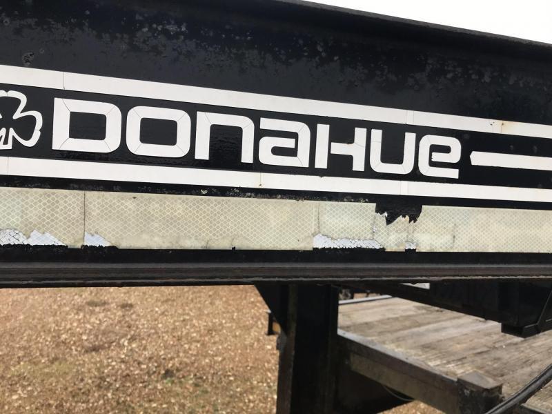 1997 Used Gooseneck Donahue 102x22 Flatbed Trailer