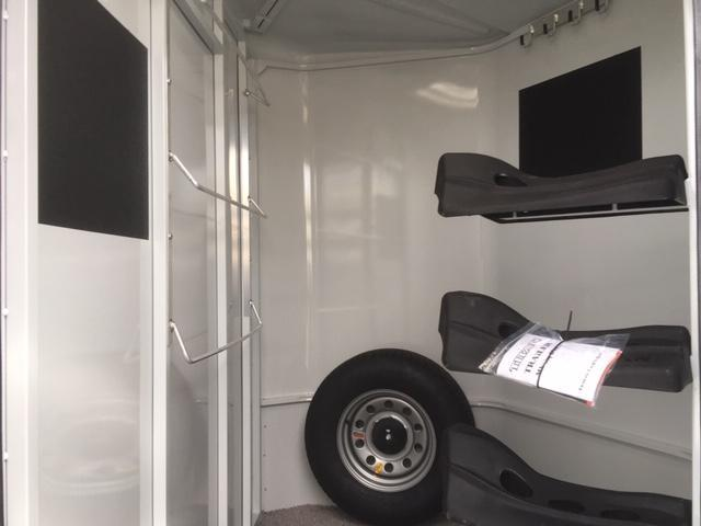 2019 Titan Trailers Royal 3H Bumper Horse Trailer