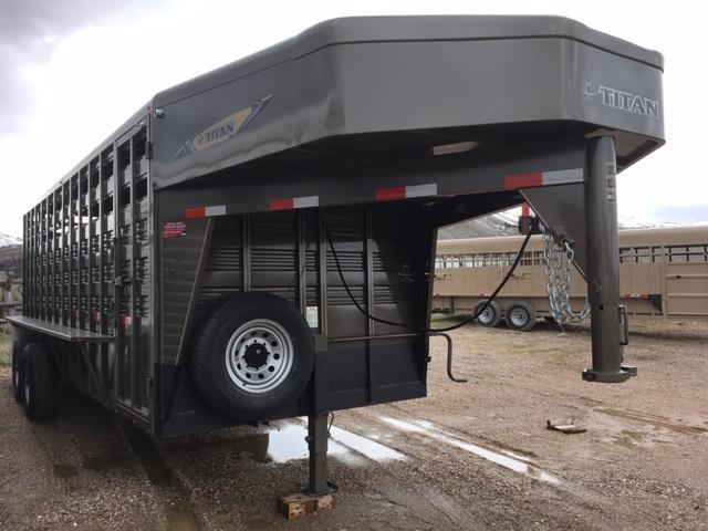 2019 Titan Trailers live Stock Trailer Livestock Trailer