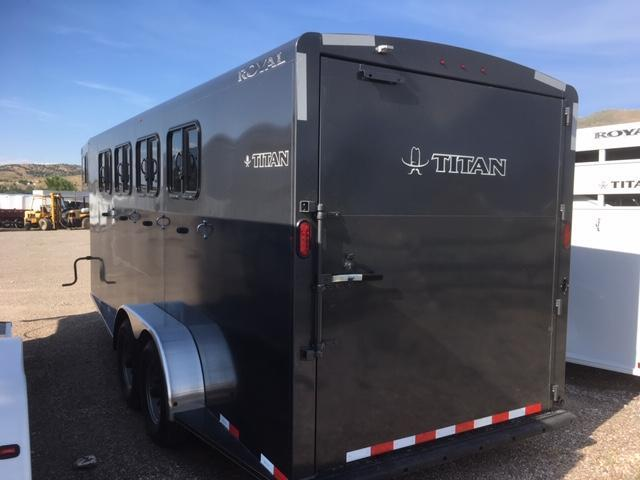 2019 Titan Trailers Royal II Goosneck Horse Trailer
