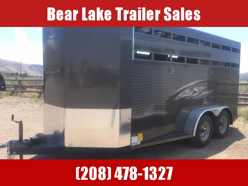 2018 Titan Royal 3H BP Horse Trailer