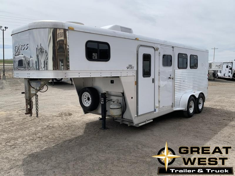 2006 Exiss Trailers 3H Sport Weekend Horse Trailer