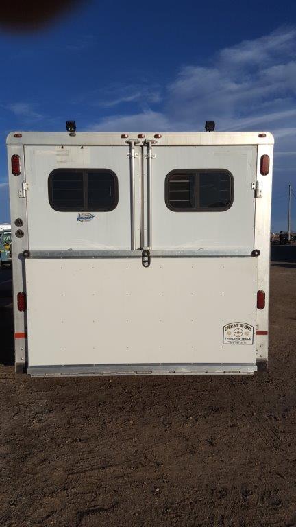 2003 Sundowner Trailers 8012 Sierra 12 SW 4H Horse Trailer