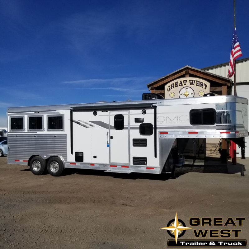 2019 SMC 3 Horse Living Quaters Horse Trailer