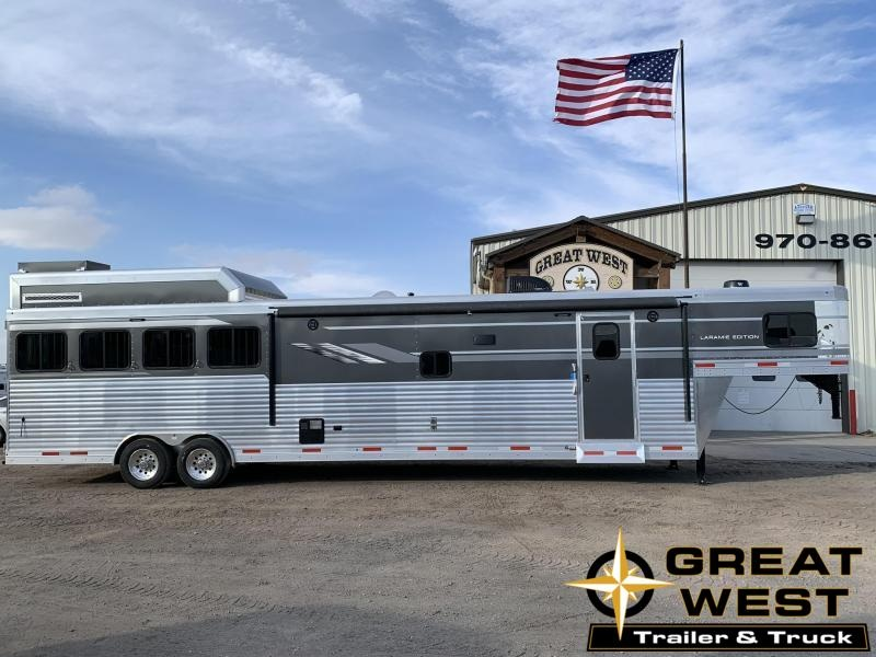 2019 SMC 16' Short Wall w/ Slide Out 4 Horse Trailer