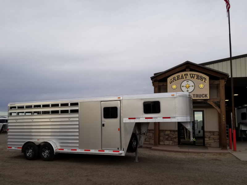 2019 Exiss Trailers Express 4H GN CXF Livestock Trailer
