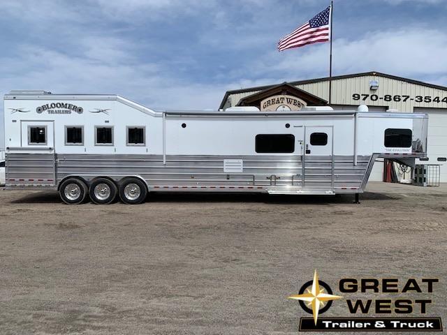 2019 Bloomer 4 Horse Rear side load Living quarters Horse Trailer in Ashburn, VA