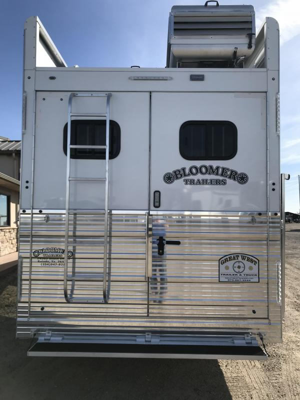 """2018 Bloomer Trailer Manufacturing 17'9"""" SW 5 Horse Trailer with Outlaw"""