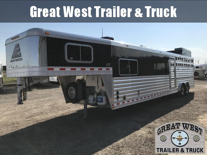 2014 Elite Trailers Stock Combo Horse Trailer