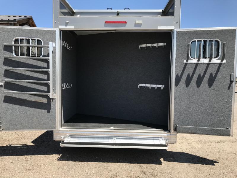 2016 Bloomer Trailer Manufacturing 5 Horse Trainer Trailer