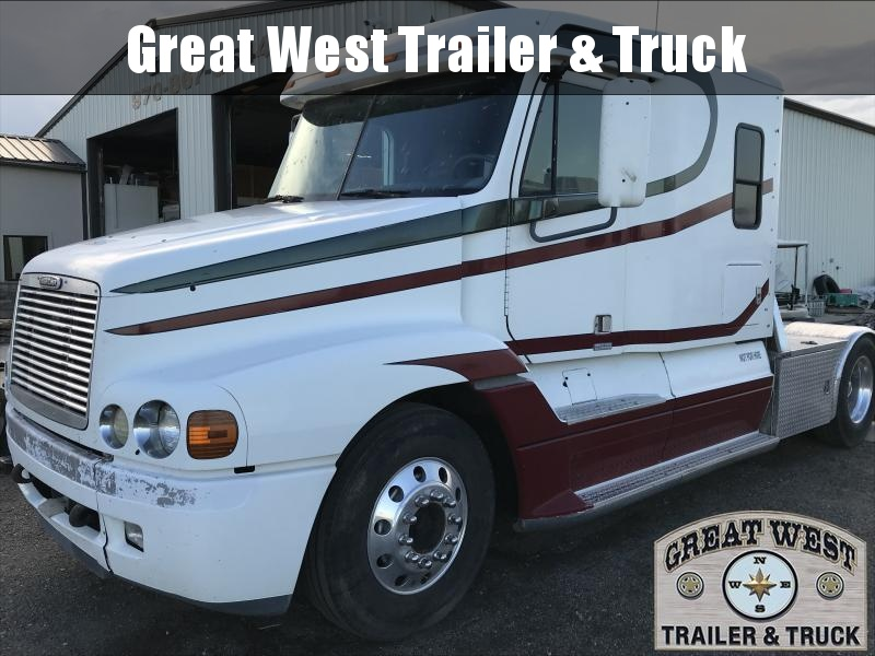 1998 Freightliner Hauler Truck