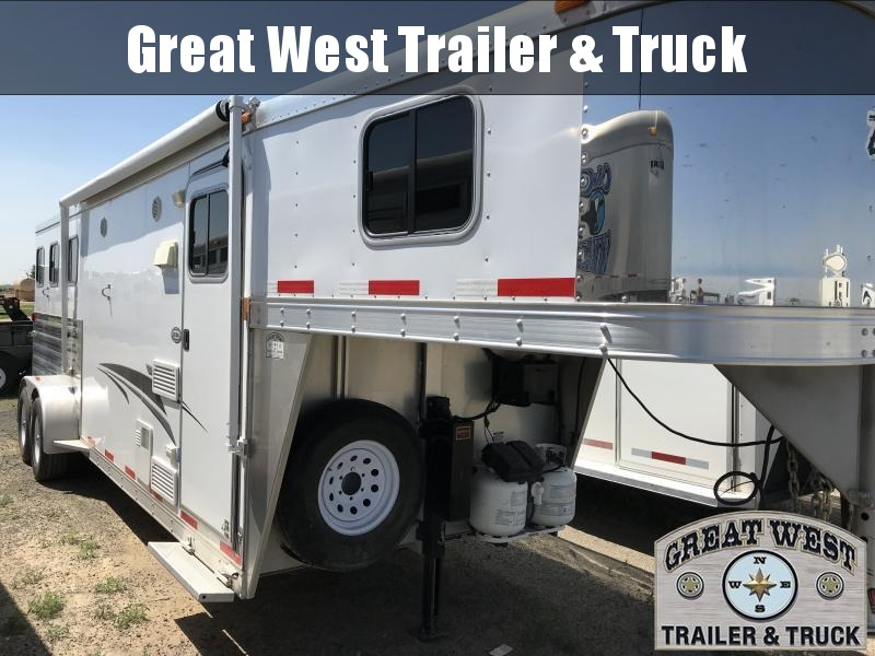 2010 Exiss Trailers 3 Horse w/ 8 SW LQ Horse Trailer