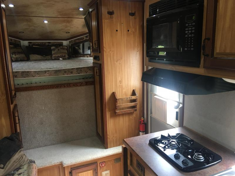 2006 Trails West Manufacturing Horse Trailer