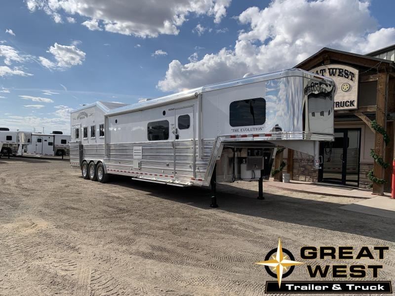 2019 Bloomer 16 Short Wall 4 Horse Slide Out Rear Side Load Horse Trailer