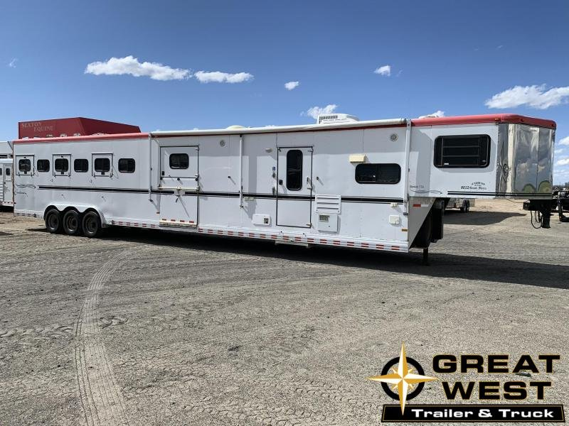 2005 Sundowner 6 Horse with 12 Living Quarters Horse Trailer