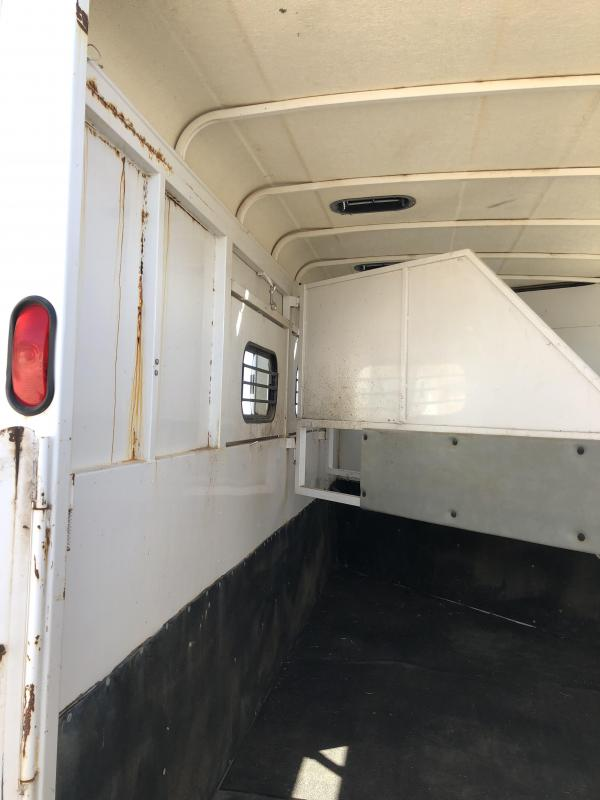 1995 Circle J Trailers Horse Trailer