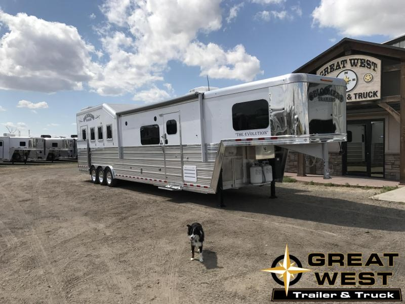 2018 Bloomer Trailer Manufacturing 15 SW 4 horse slide out Side load Horse Trailer in Ashburn, VA