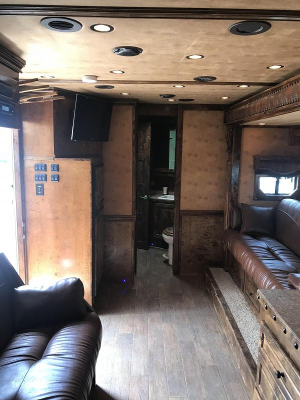 2012 Bloomer Trailer Manufacturing 16 SW 4H Living Quarters Horse Trailer