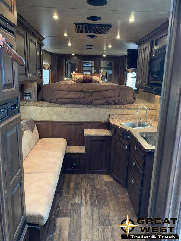 2014 Exiss 8310 3 Horse with 10 Living Quarters Horse Trailer in Ashburn, VA