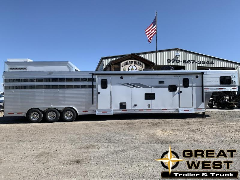 2020 SMC Stock Combo 13 Living Quarters Horse Trailer in Ashburn, VA