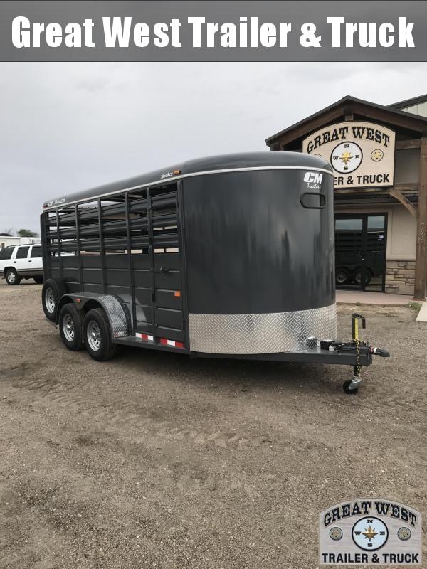 2017 CM Stocker 16 Stock trailer Livestock Trailer Charcoal