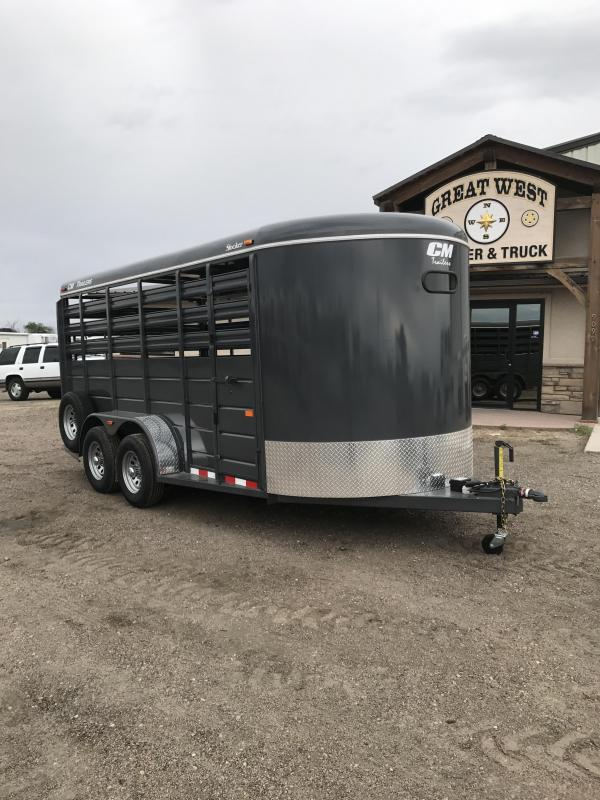 2017 CM Stocker 16 Stock trailer Livestock Trailer Charcoal