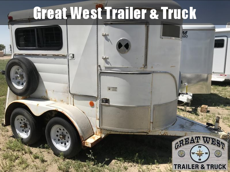 1991 S and H Trailers 2 Horse Bumper Pull Horse Trailer