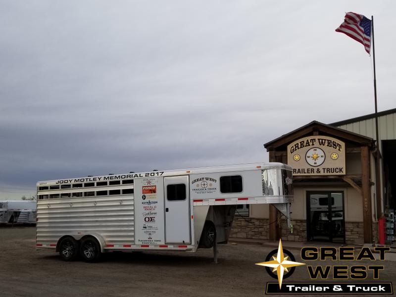 2018 Exiss Trailers Express 4H CXF Livestock Trailer
