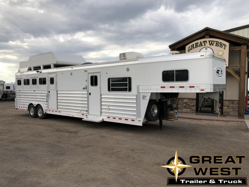 2014 4-Star Trailers Horse Trailer in Ashburn, VA