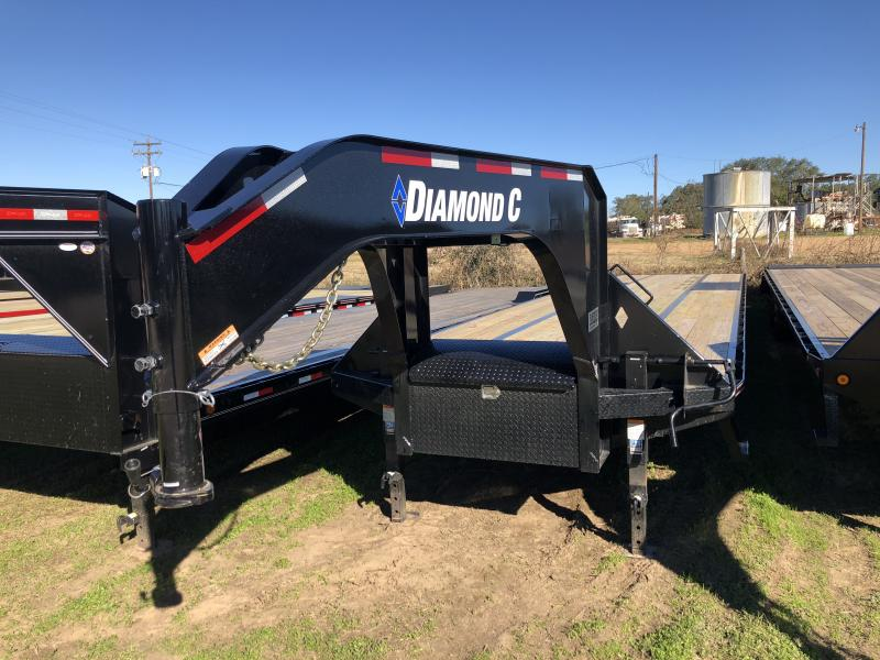 2019 Diamond C Trailers 40' Hot Shot Straight Deck