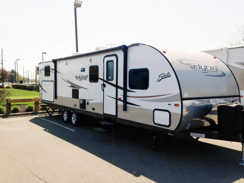 2015 Shasta 315OK FLYTE Travel Trailer