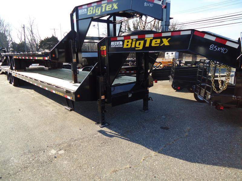2019 Big Tex Trailers GN 8.5X40 25GN 35BK5MR MEGA BLACK Equipment Trailer