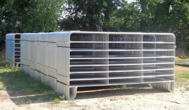 2019 Medium Duty Portable Livestock Panels