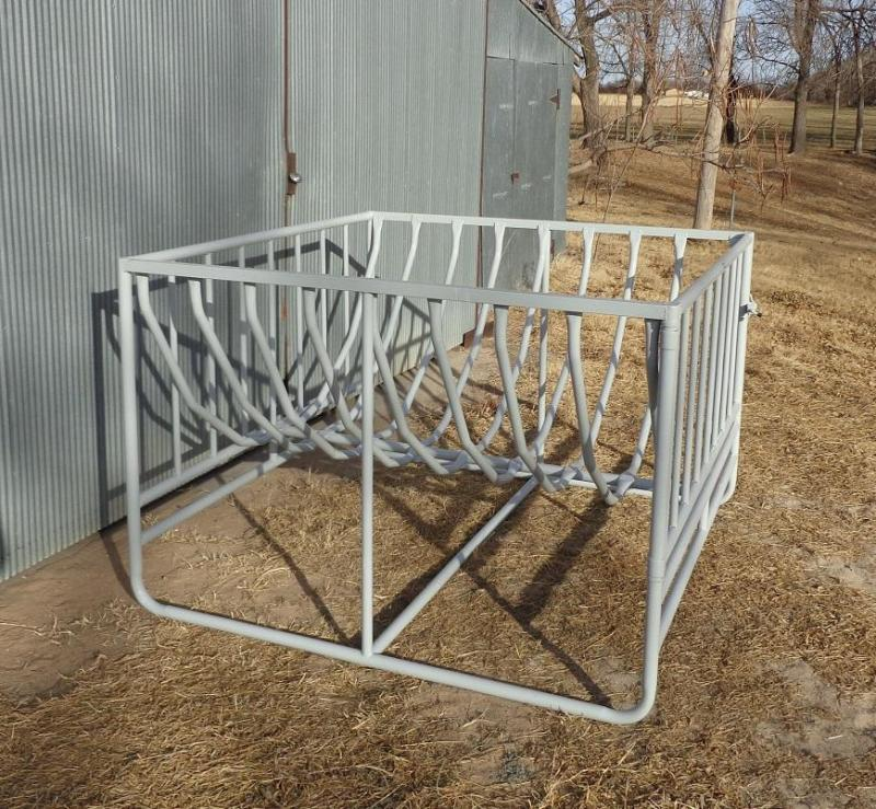 2019 Big Bale Feeder w/Bars