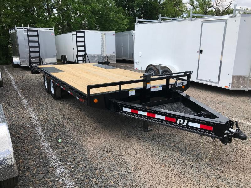 2019 PJ Trailers F8 DO Equipment Flatbed Trailer