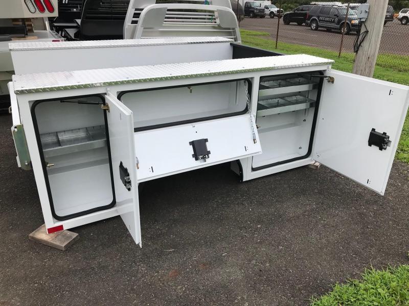 2018 CM SB 98/ 78VVSS Truck Beds and Equipment