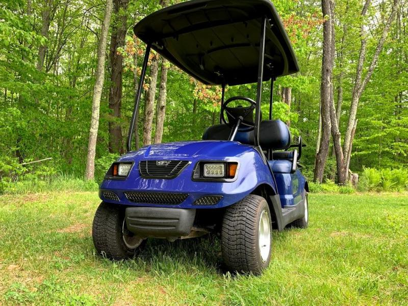 NICE!!!Customized Blue on Black Yamaha GAS Drive 4 Passenger Golf Cart