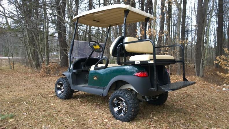 Club Car Precedent Electric 4 passenger golf cart LIFTED