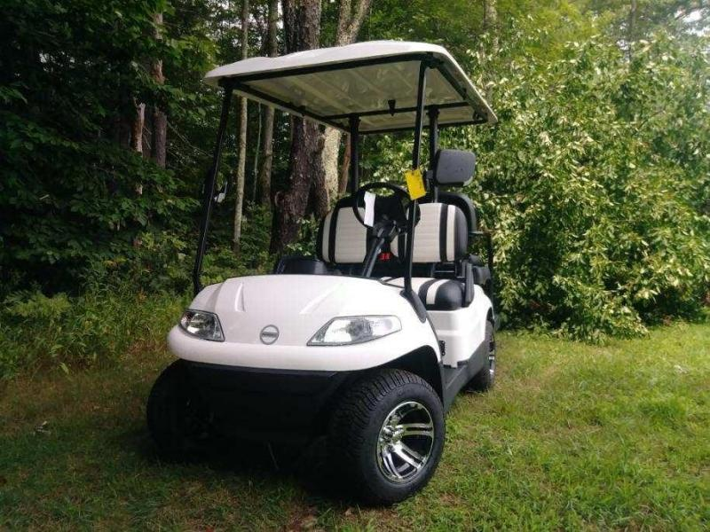 Save $2000! NEW Advanced EV 4 pass 19MPH White elec golf car 3yr warty