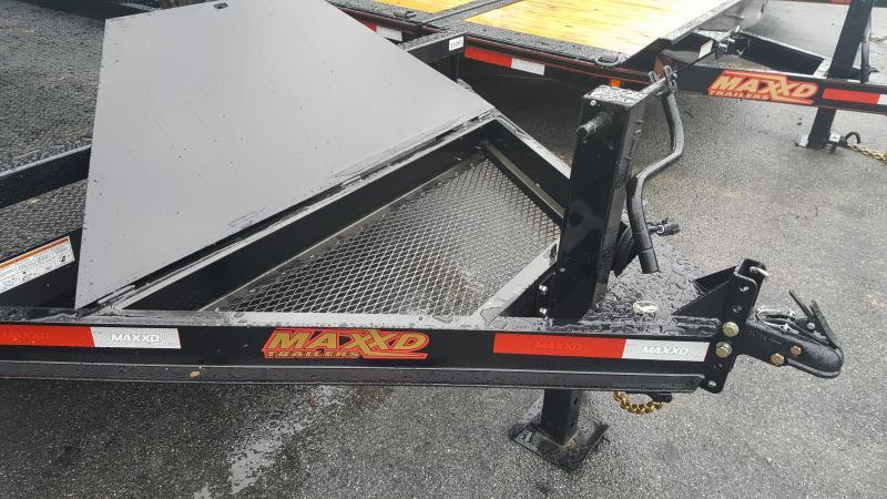 2018 Maxxd B6X 18' Skid-Steer 14k GVW w/Stand-up Ramps