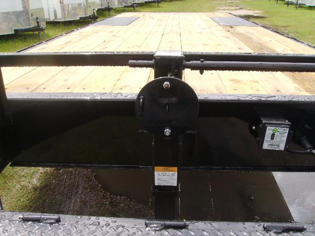 8.5x20 LOAD TRAIL Trailers Deckover Equipment Trailer