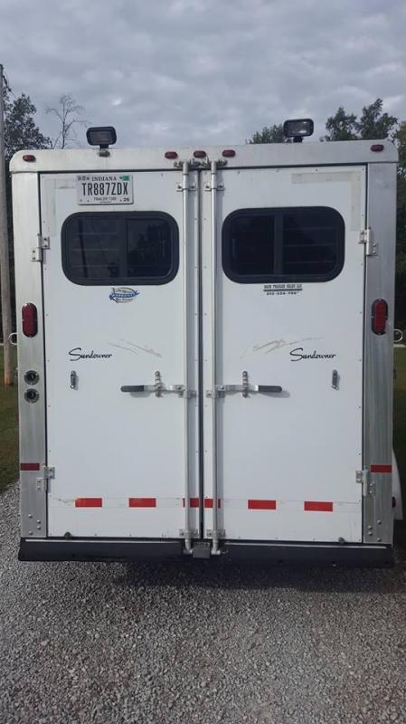 2003 Sundowner Trailers Sunlite 727 3 Horse Trailer