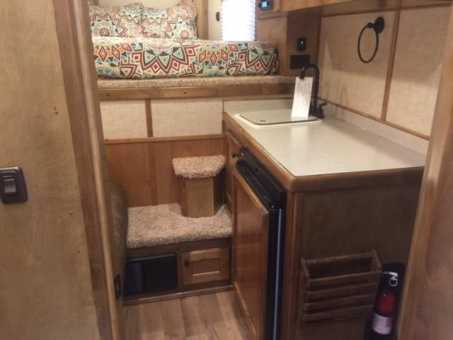 2018 Kiefer Manufacturing Kutter Series Horse Trailer
