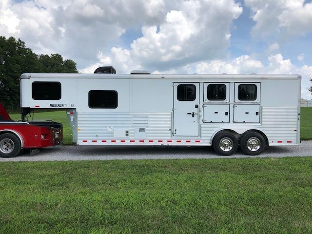 2014 Sundowner Trailers Horizon 7610 3 Horse Trailer